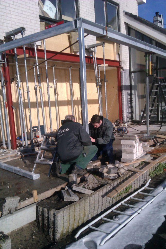 Staalconstructie t.b.v. uitbouw